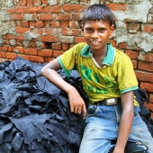child-labour-tannery-dhaka-bangladesh