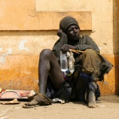 homeless-man-dakar-senegal