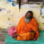 monk-sleeping-varanasi-india