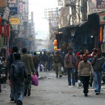 india-new-dehli-market-street