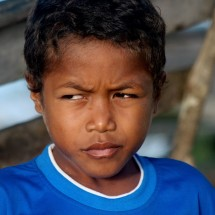 portrait-boy-raja-ampat-indonesia