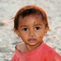 portrait-dirty-boy-timor-indonesia