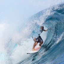 surfing-teahupoo-tahiti-7