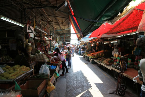 6 Must-Visit Markets In Bangkok You Shouldnt Miss.  Travel Photography ...