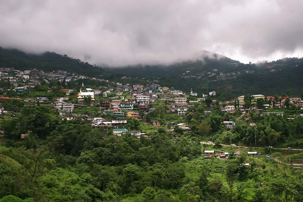 The town of Kohima is located on the top of a high ridge and the town serpentines along the top of the mountain ranges as is typical of most Naga settlements.