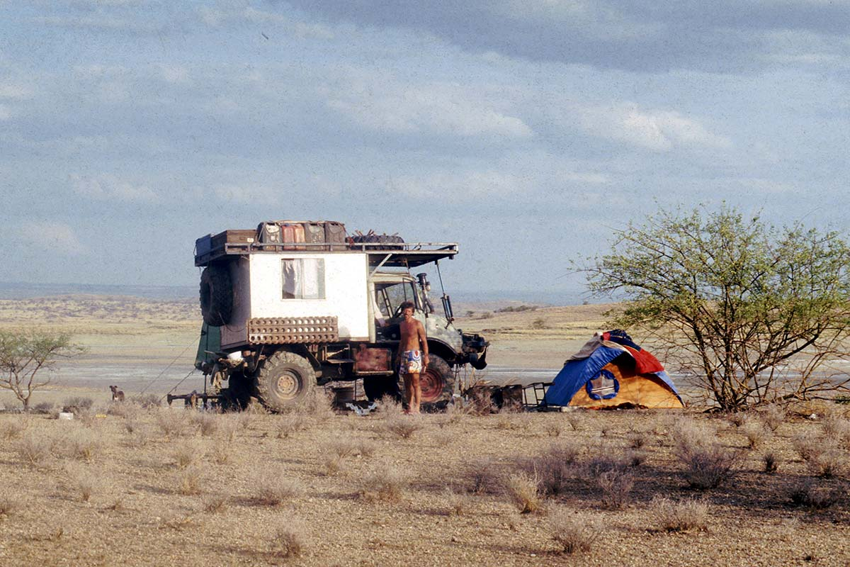 The Unimog was a great car for travelling Africa back in the days. Here we are in the Kalahari desert.
