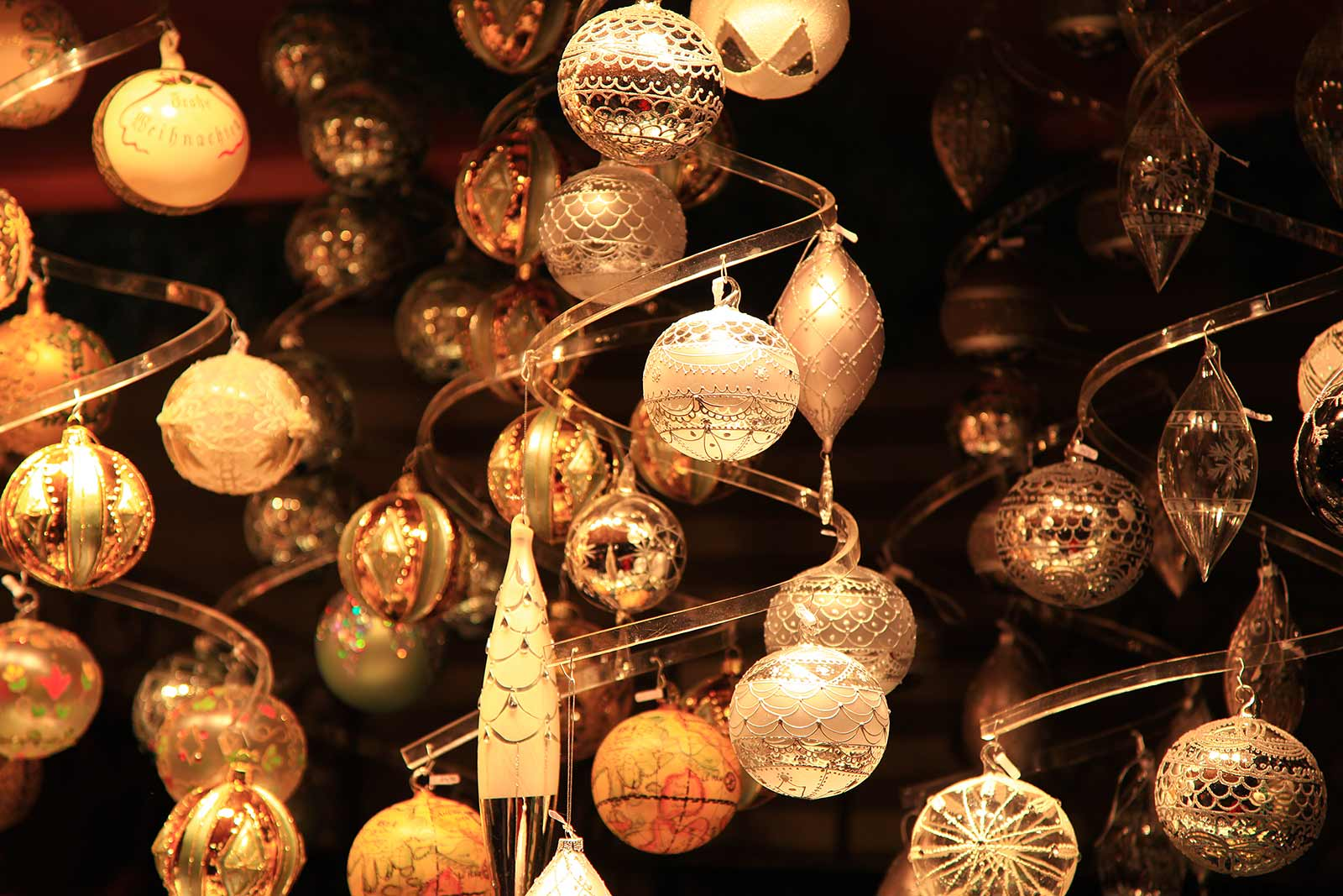 You can buy your Christmas balls at the markets (if you have the cash).