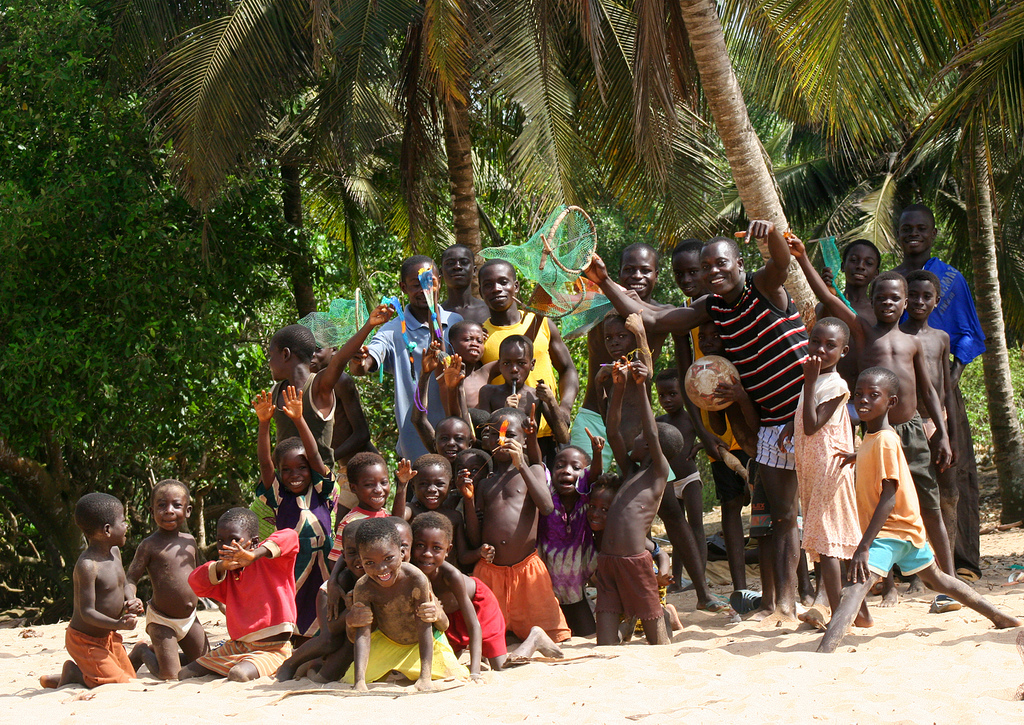 Group picture on Takoradi beach, Ghana.