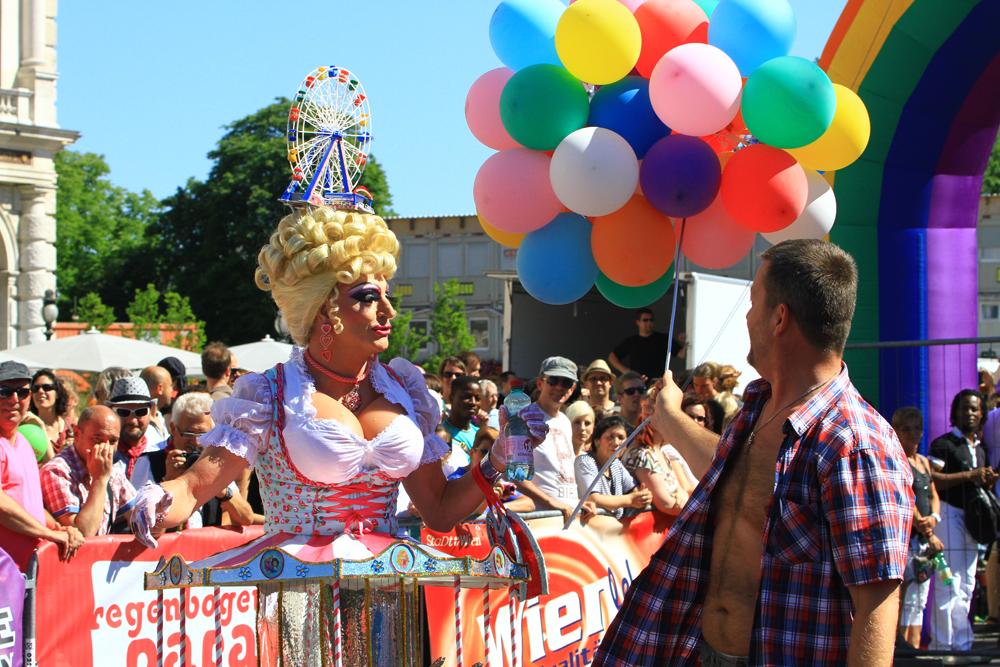 Vienna Pride 2012 / Wiener Regenbogenparade 2012.
