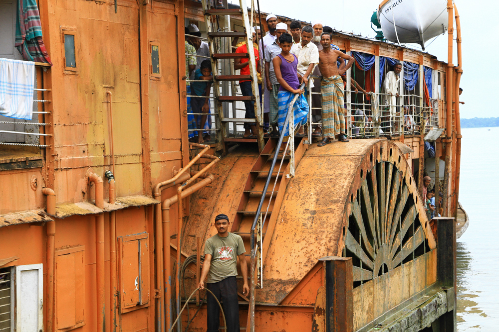 The rocket steamer is arriving in Galachipa, Bangladesh.