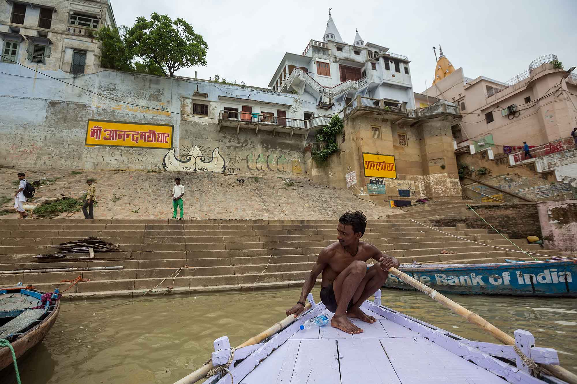 A boat ride along the Ganges river in Varanasi is an absolute must for any visitor!