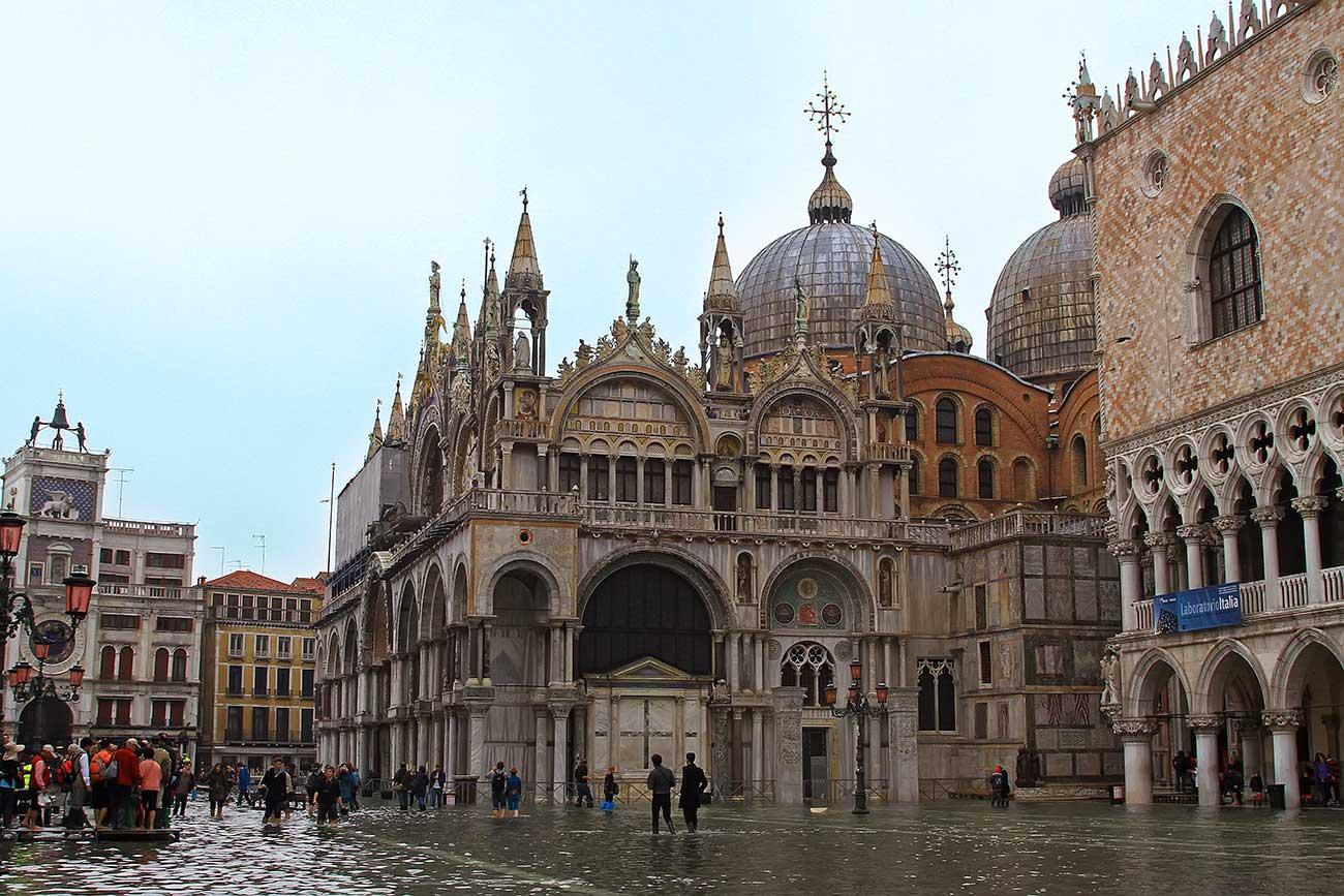 Piazza-San-Marco-Basilica-Aqua-Alta-Venice-Italy-1