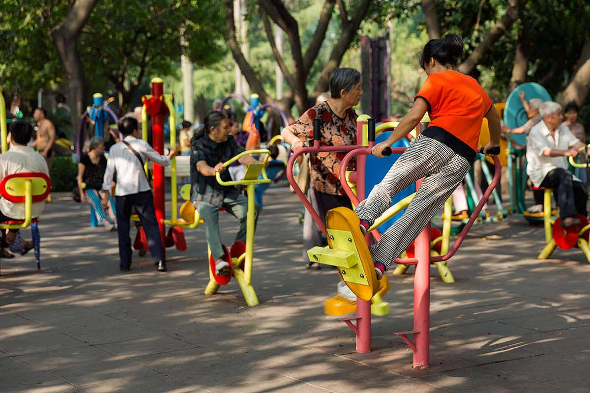 The second area of Liuhuahu Park is the Entertainment and Activities area, which has playgrounds for kids, as well as occasional public workshops or music performances.