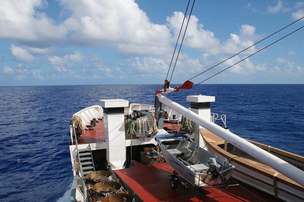 The ship from Paetee to Tubuai, Tahiti.