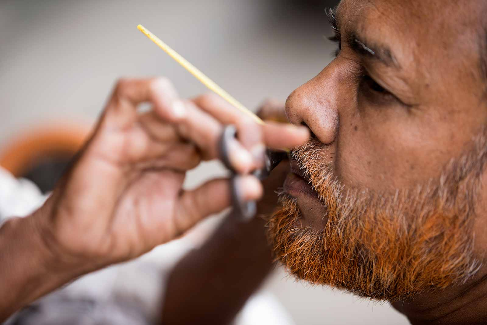 Local barbers can be found in any city or village in India, Varanasi is no exception.