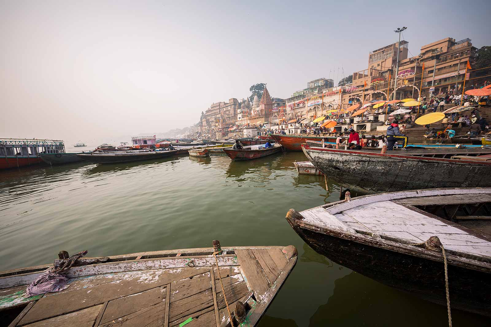 Hindus believe that they have three mothers: the mother who has given them birth, Mother India and Mother Ganga. Therefore, a ride along this majestic river is an absolute must when visiting Varanasi.