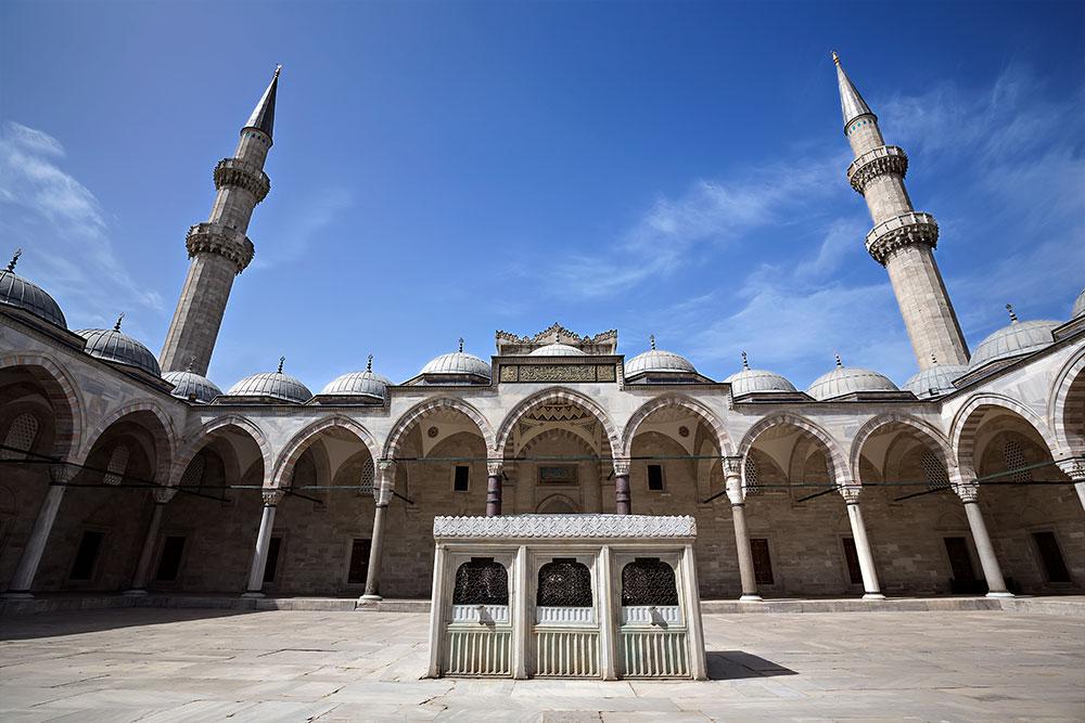 Süleymaniye Mosque in Istanbul, Turkey.