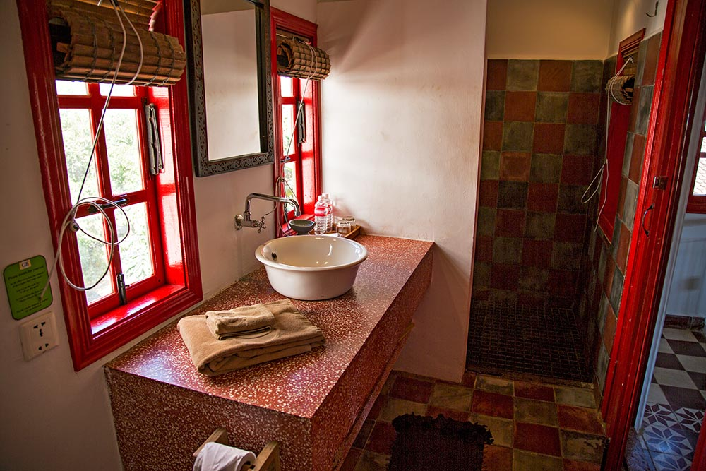 The Golden Banana Hotel in Siem Reap, Cambodia - Bathroom.
