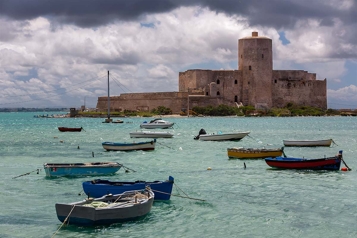 "When walking along the Admiral Stati in Trapani, you will notice the ancient castel ""Castello della Colombaia"". Hannibals father, built the tower around 260 B.C. called ""Peliade"" at the same spot where the castle lies today."