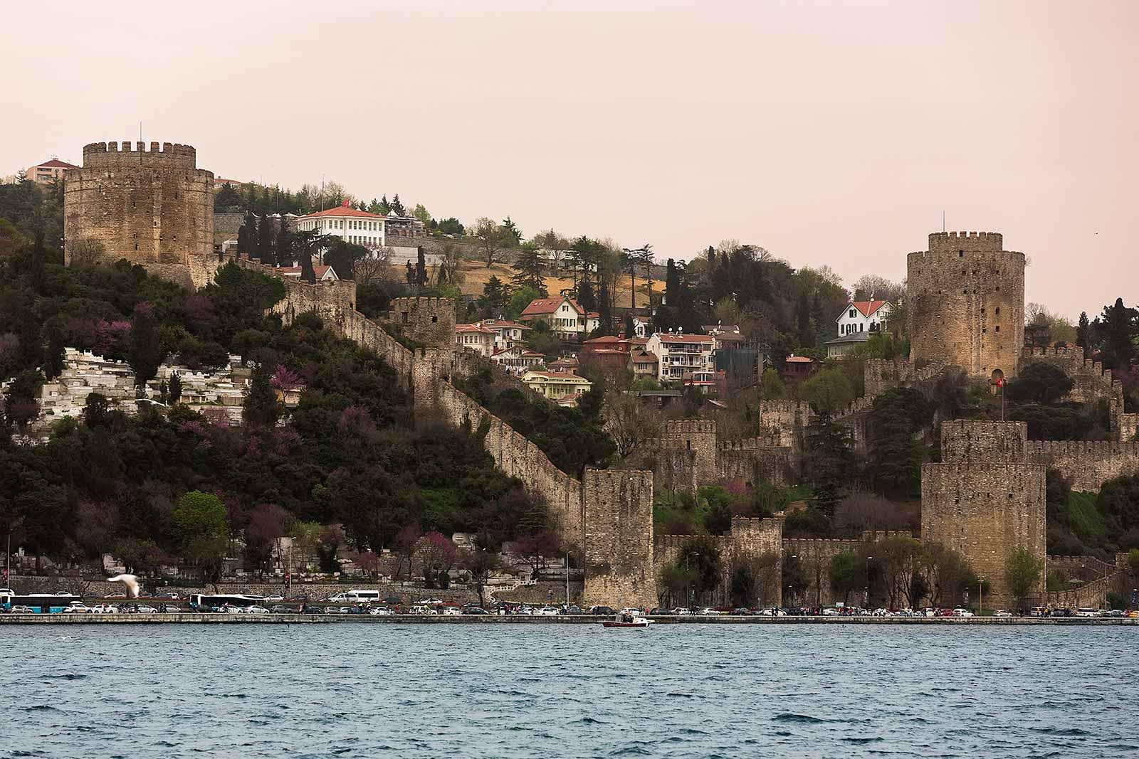 bosphorus-rumeli-hisari-istanbul-turkey