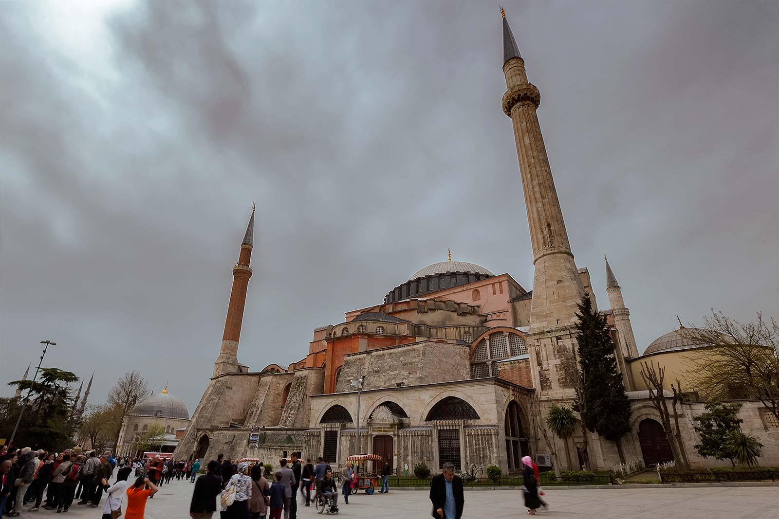 hagia-sofia-istanbul-turkey