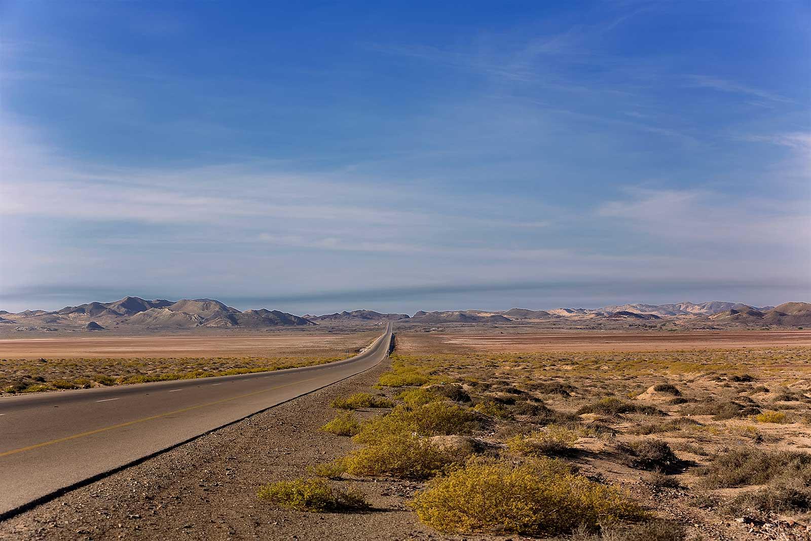 road-desert-oman