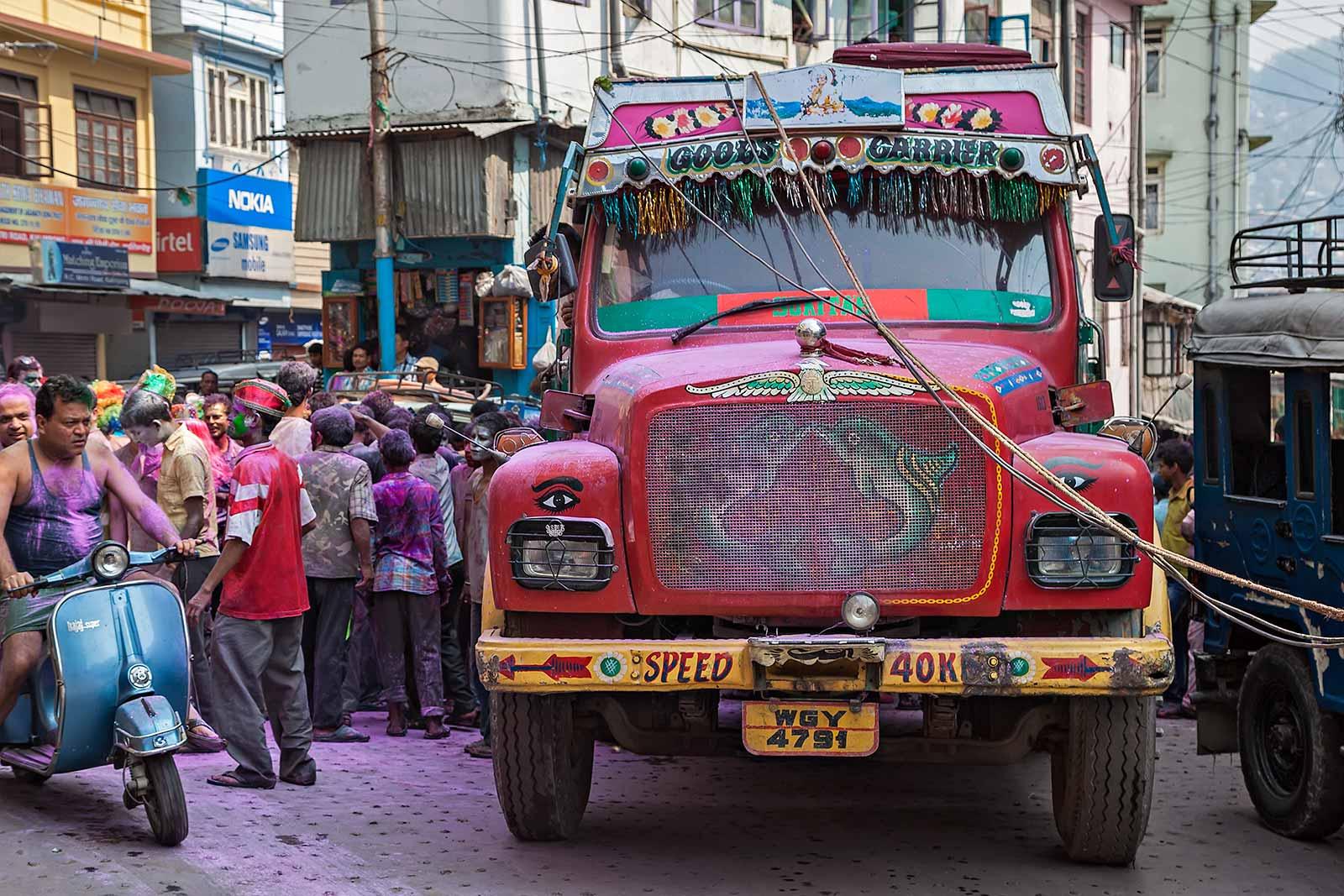 holi-festival-celebration-india-kalimpong-5