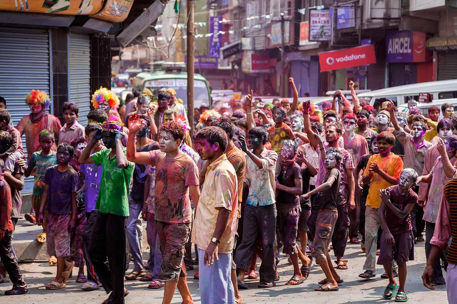 holi-festival-celebration-india-kalimpong-8