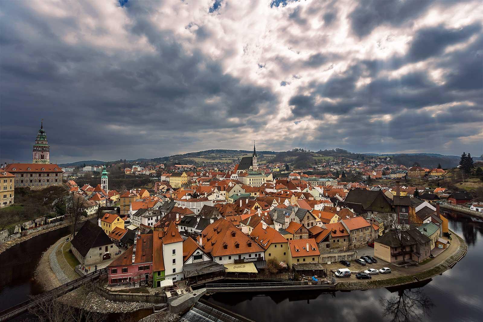 cesky-krumlov-view-czech-republic-1