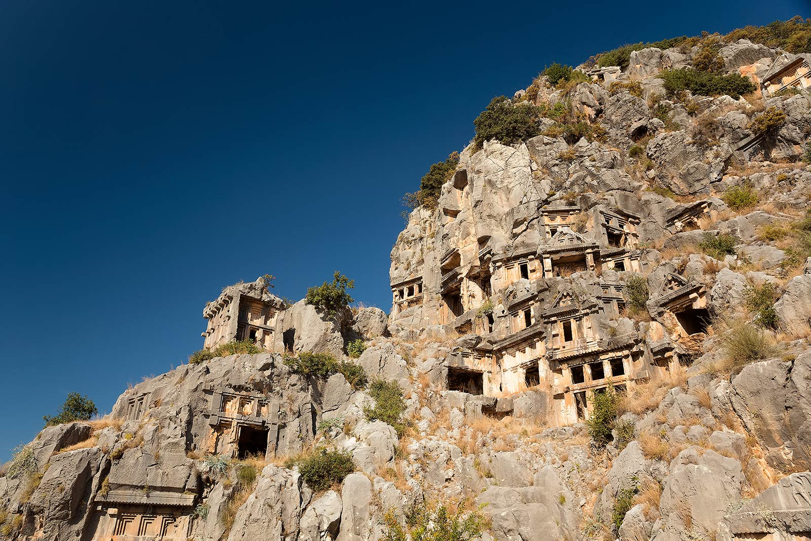 myra-demre-lycian-tombs-turkey-7