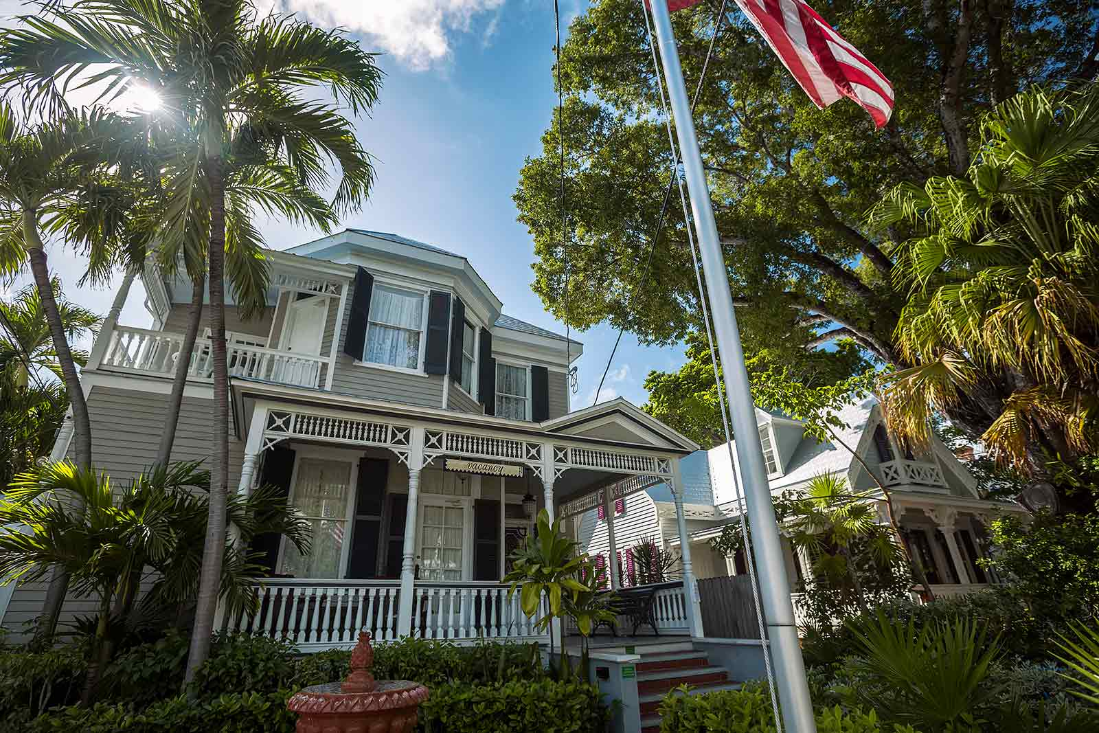 Each house in Key West looks different, but then again similar. It's well worth it to walk through the many streets of the city.