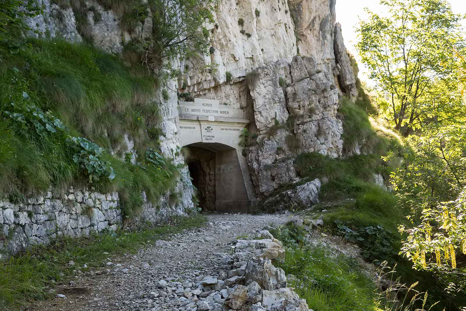 The entrance of tunnel 1.
