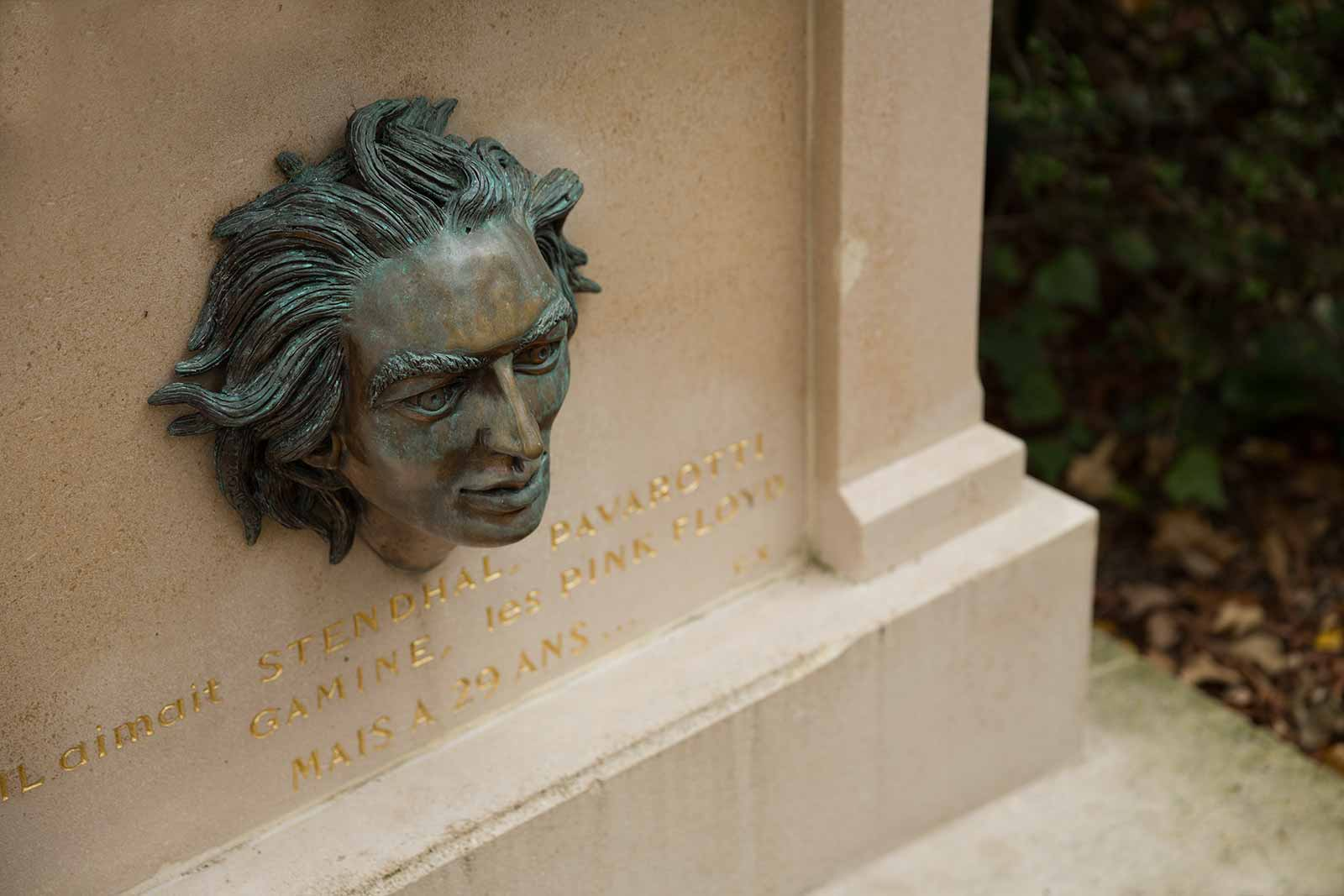 "Grave to Valerio at Pere Lachaise: ""He liked Stendhal, Pavarotti, Gamine, Pink Floyd, but when he was 29..."""